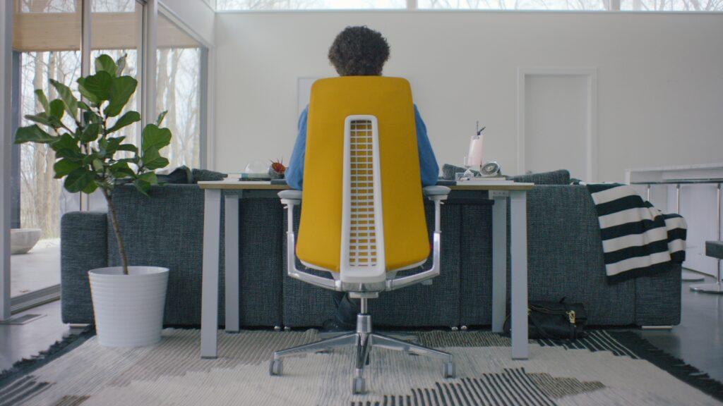 ריהוט משרדי - 8 טיפים לעבודה מוצלחת מרחוק